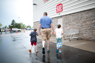 a day in the life   costco   everyday moments   maren miller photography